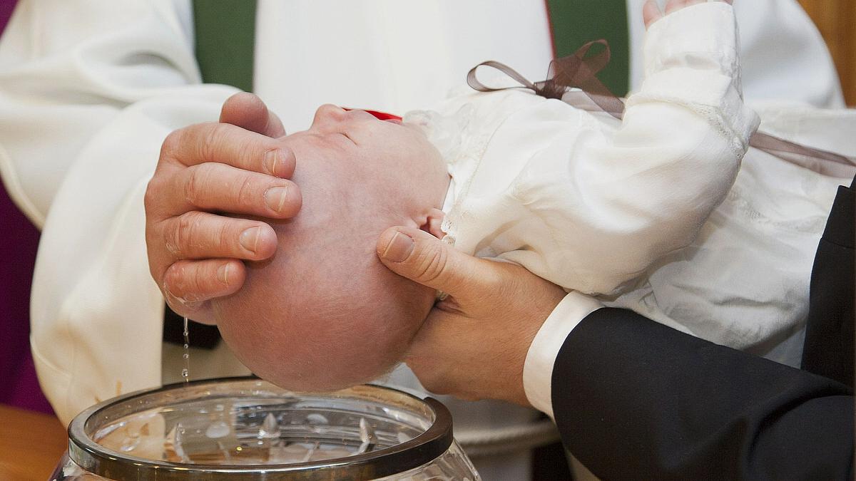 Infos Zur Taufe In Der Pfarrei Und Aktuelle Tauftermine